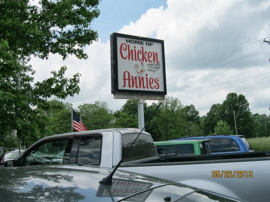 Chicken Annie's Original: Look for the sign!