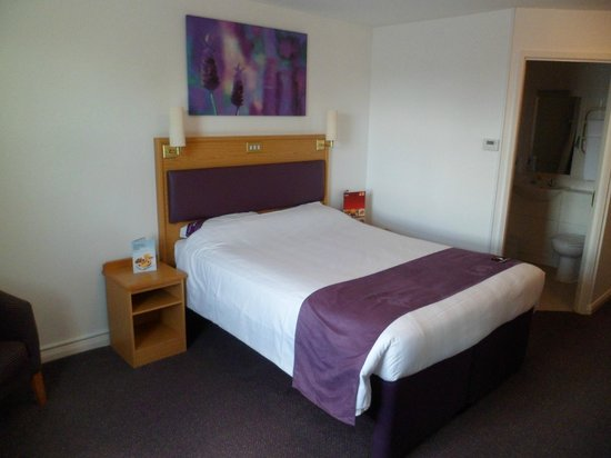 Premier Inn Falkirk North Hotel: Room 34