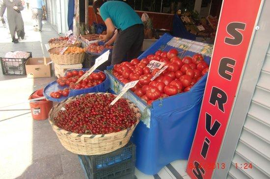 Tempo Hotel 4 Levent: Fruits/veggies FRESH
