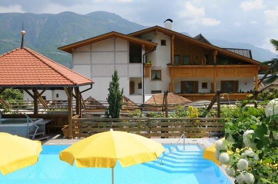 Photo of Hotel FleurAlp Cermes