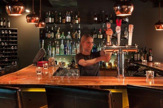 Ledges Hotel: Glass Restaurant