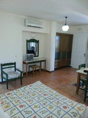 Century Resort: Studio 312