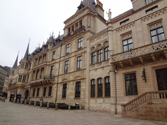 Palace of the Grand Dukes (Palais Grand-Ducal) : Palais Grand-Ducal - The facade