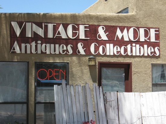 Vintage and More: Sign facing 4th Street.