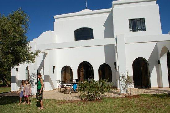 Domaine de l'Arganeraie : villa blanche