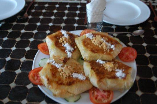 Domaine de l'Arganeraie : Pastillas de poulet