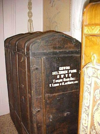 1870 Banana Courtyard French Quarter / New Orleans B&B: Antique Wardrobe Trunk from Gone With the Wind Set (Authentic)