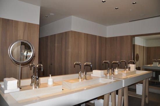 Morimoto Waikiki The Modern Restroom