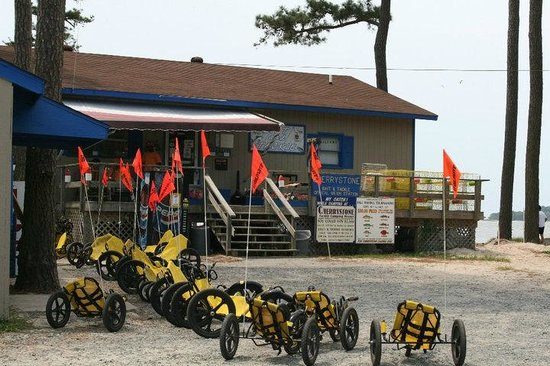 Cherrystone Family Camping Resort: Funcycles at Bait n Tackle