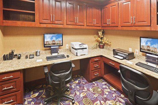 Hampton Inn & Suites Tulsa North/Owasso : Complimentary Business Center