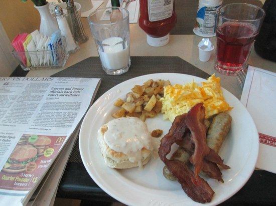 Breakfast from the buffet picture of hilton garden inn phoenix midtown phoenix tripadvisor for Hilton garden inn phoenix midtown phoenix az