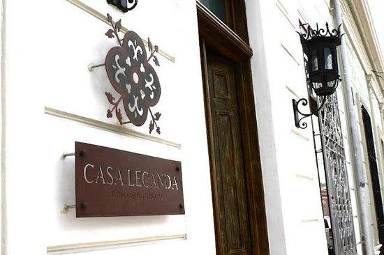 Casa Lecanda Boutique Hotel: front door