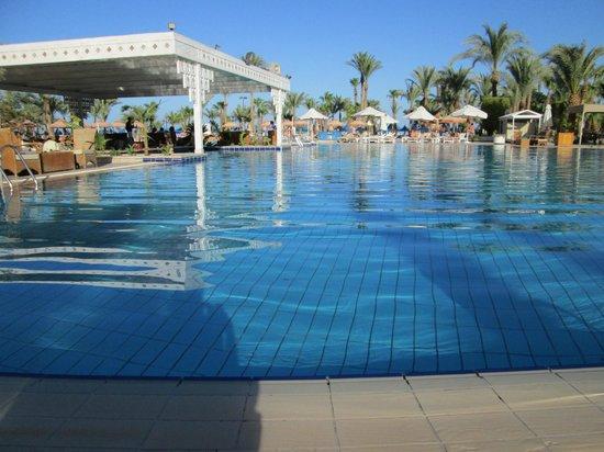 The Grand Hotel Hurghada Swim Up Pool Bar