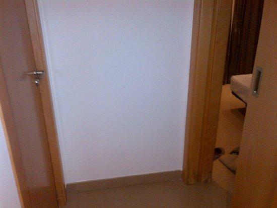 Alcocebre Suites Hotel : Puerta