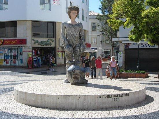Sculpture of Dom Sebastiao: Statue of Dom Sebastiao.