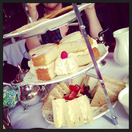 Lindeth Fell Country House : Afternoon tea