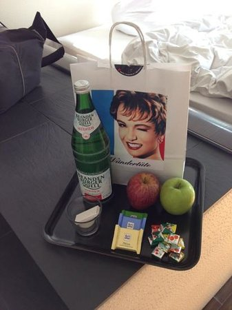 Hotel Q!: Welcome bag!!!