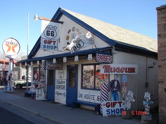 Seligman, AZ: Angel & Vilma Delgadillo's Original Route 66 Gift Shop