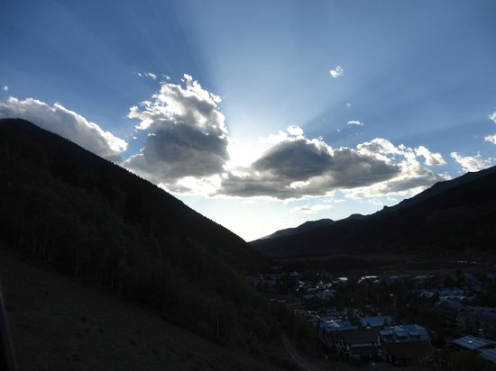 Madeline Hotel and Residences: sunset in Telluride