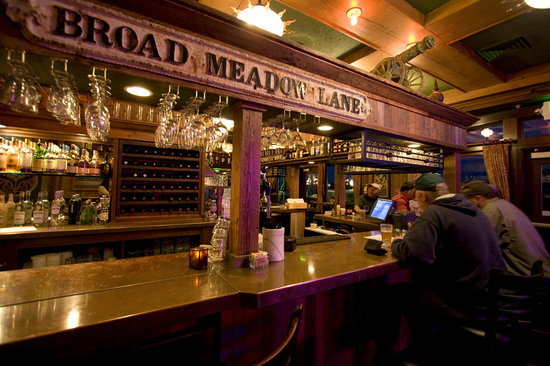 McMenamins Gearhart Hotel: Handcrafted ales, spirits & wines