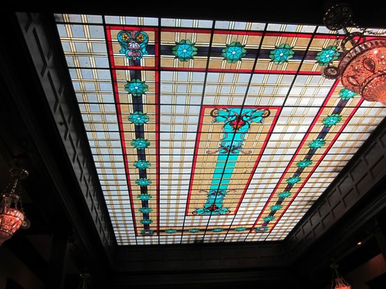 Geiser Grand Hotel: Magnificent Stained-Glass Ceiling of Dining Room