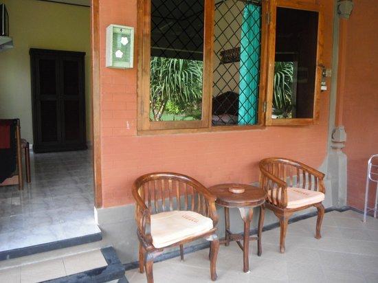 Pondok Bali Beach Front: Balcony