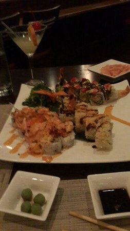 Nishi Restaurant: volcano, catepillar and bai tempura