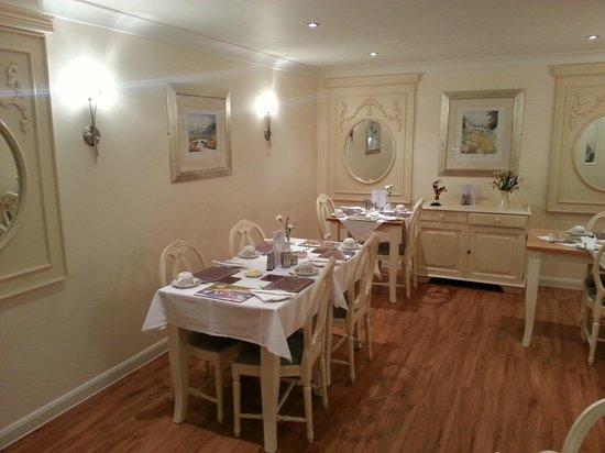 Lingwood Lodge: Breakfast room
