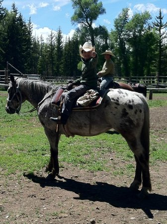 Moose Head Ranch: Getting ready for trail ride...do notice the thumbs up.