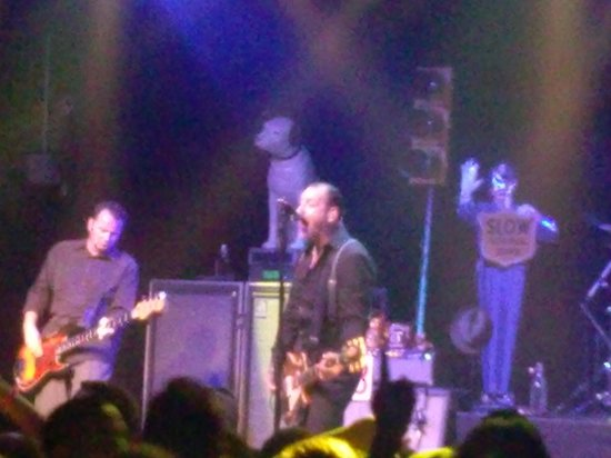 Marguerite Motel: Social Distortion at Hampton Beach.