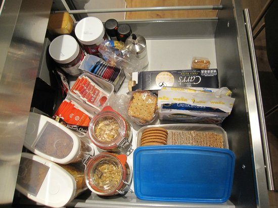 A. Bernhard Bed and Breakfast : Breakfast in drawer