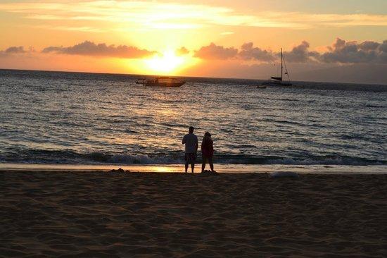 The Westin Maui Resort & Spa: Beach outside the hotel