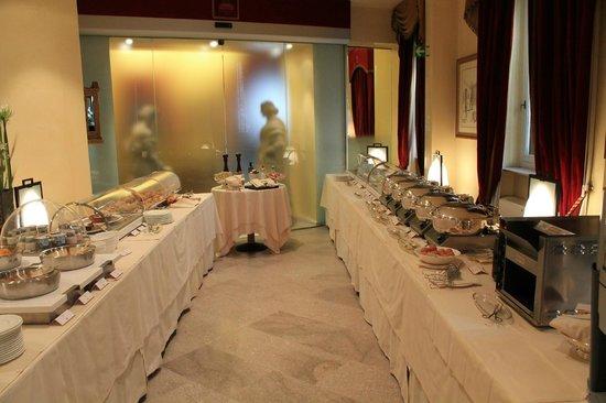 Hotel Raphael - Relais Chateaux: Amazing breakfast