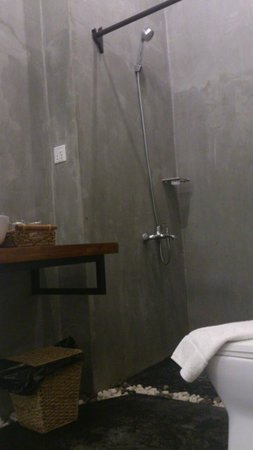 Monsoon Boutique Hotel: bathroom
