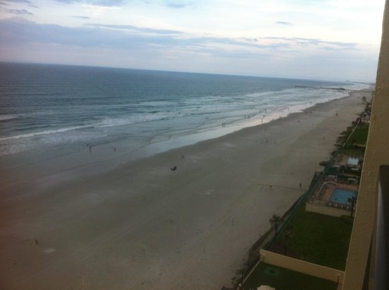 Holiday Inn Express and Suites Oceanfront: Room 1016
