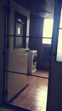 Orchid View Apartment: Laundry service yard