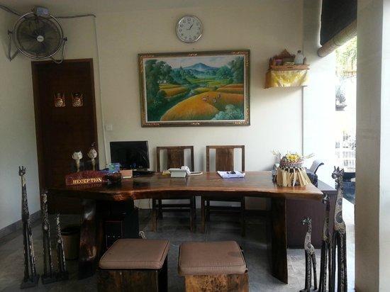 The Khayangan Dreams Villas : Reception