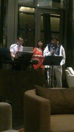 Parkyard Hotel Shanghai: Live Band