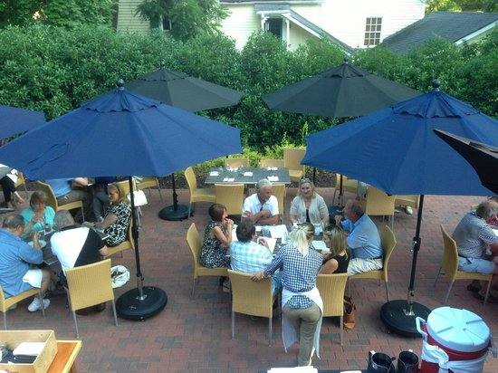 outdoor dining area where a table for 4 sat empty for 2 hours rh tripadvisor com table and main owner table and main menu