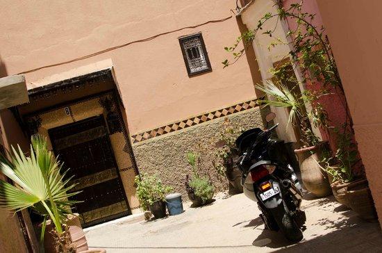 Riad Dar Beldia : Riad entrance