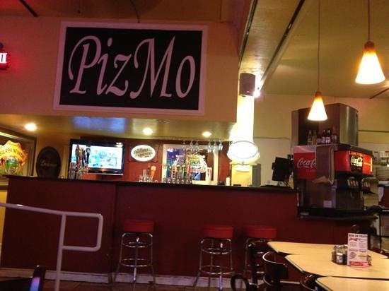 Pizmo Cafe : Casual spot. Good for families.