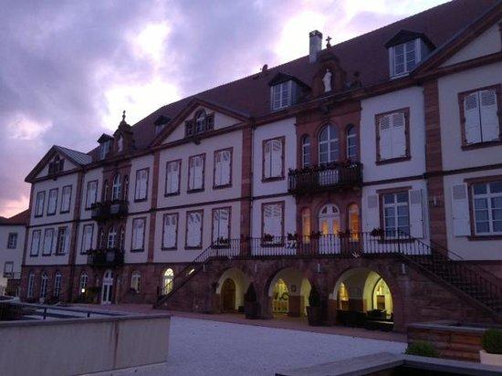 Qualys-Hotel Val-Vignes : The hotel