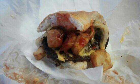 Dickie Dee's: half Italian cheeseburger