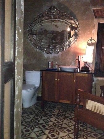 Villa Herencia: Bathroom