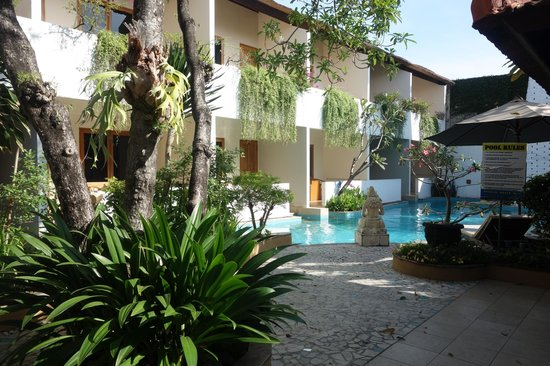 Kuta Lagoon Resort & Pool Villa: swim out pool rooms