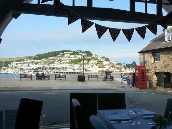 Annabelles Kitchen: Stunning view accross to Kingswear