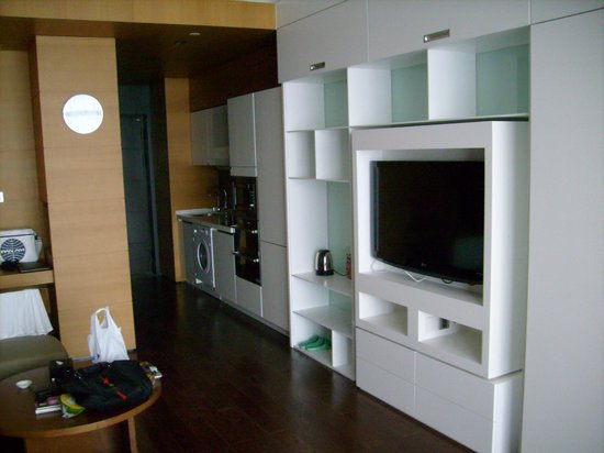 Qingdao Farglory Residence: kitchen