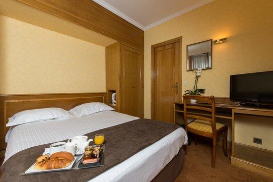HOTEL DU NORD ET DE L'EST $112 ($̶1̶3̶8̶) - Prices & Reviews - Paris, France - TripAdvisor