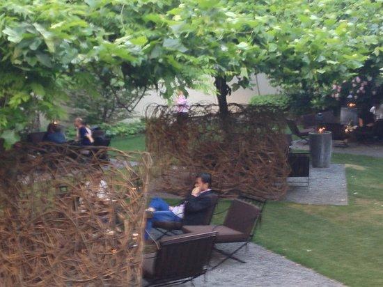 Bulgari Hotel Milano: Garden