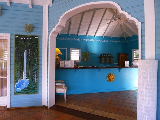 Hotel La Plantation: Lobby and reception desk